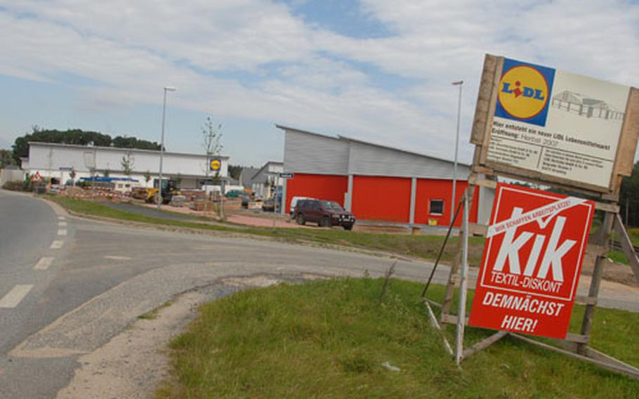 A new off-post shopping area with more than 30,000 square feet of space is scheduled to open in Grafenwöhr in October. Construction cost about $3.3 million.