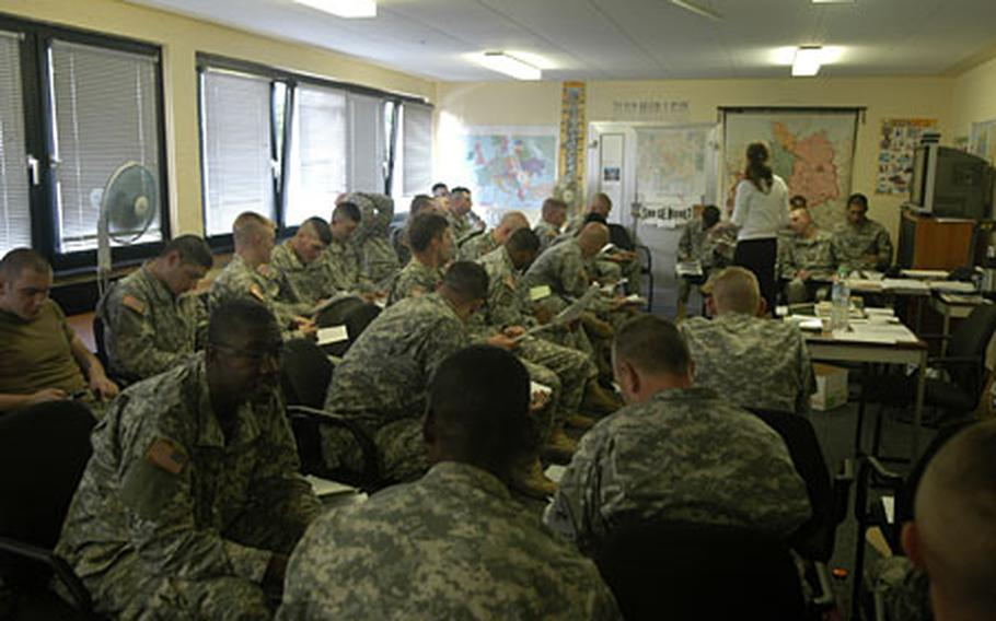 Soldiers are taking part in a weeklong, four-hour-a-day course on Iraqi culture and language. About100 soldiers were selected for the class.