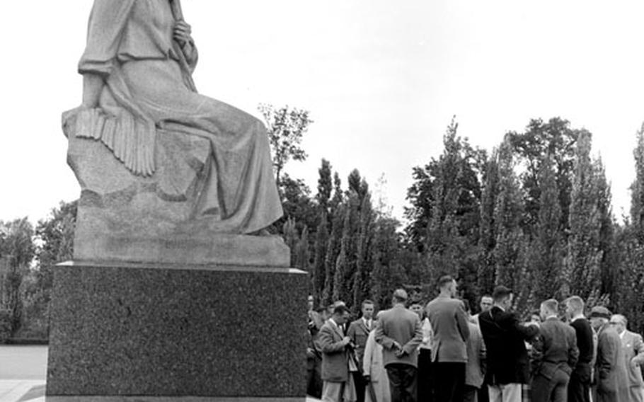 This statue symbolizes Mother Russia mourning her sons.
