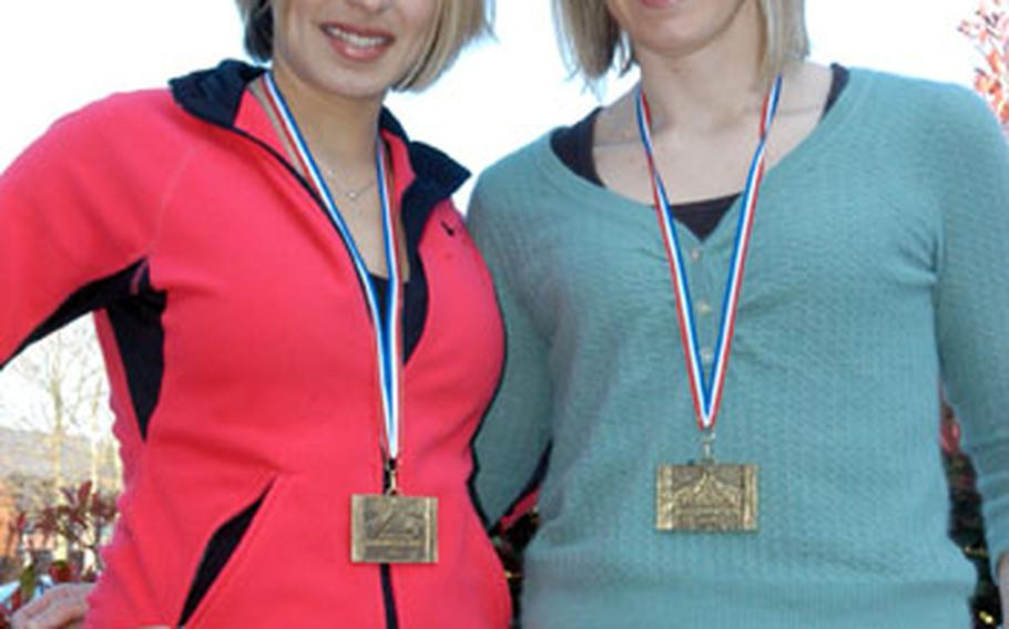 A few months ago, Courtney Arnett, left, and Kelly Ewert decided they wanted to run the Marathon de Paris 2008 and began training.