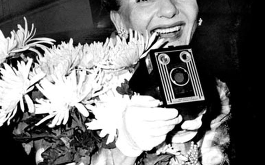 Mary Martin arrives in Tokyo in September, 1965.