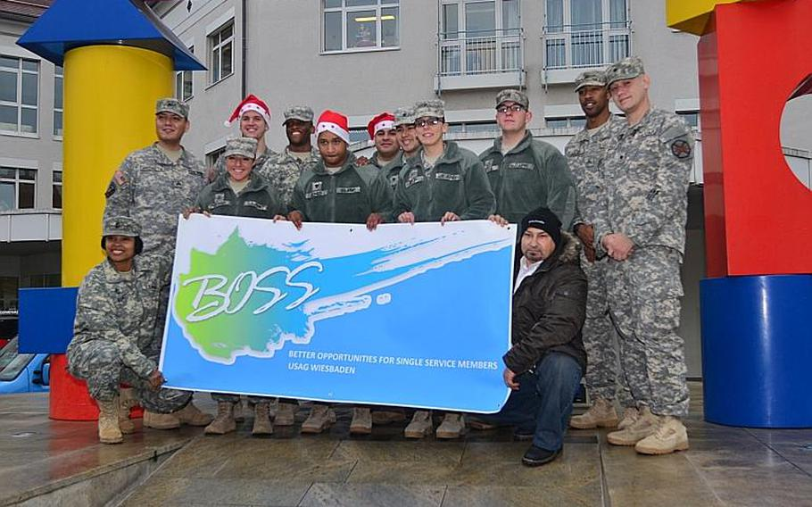 Wiesbaden American soldiers visited patients at the Children?s Cancer Clinic at the University of Mainz Medical Center Dec. 11, 2013.  Fourteen soldiers from the U.S. Army Garrison Wiesbaden?s Better Opportunities for Single Soldiers handed out toys and cards to children at the clinic.