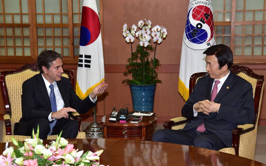 """Deputy Secretary of State Antony """"Tony"""" Blinken meets with South Korean Foreign Minister Yun Byung-se at the Ministry of Foreign Affairs in Seoul, South Korea, on October 6, 2015."""