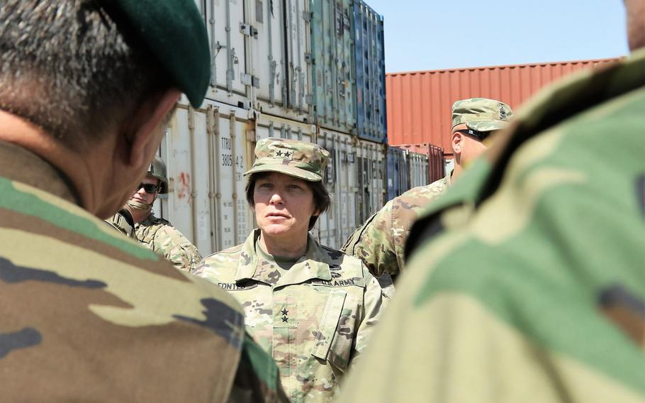 Army Maj. Gen. Robin Fontes, commander of Combined Security Transition Command-Afghanistan, speaks with Afghan troops at the Afghanistan Central Supply Depot in Kabul on Aug. 9, 2017.
