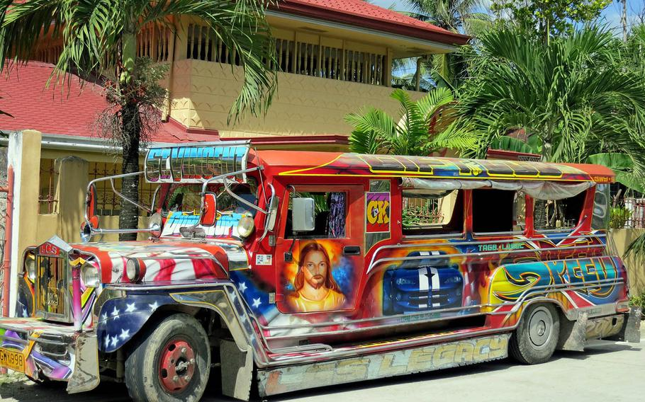 The Philippine government has ordered gas-guzzling Jeepneys to be phased out in an attempt to cut traffic congestion and pollution.