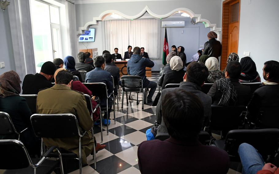Afghans attend a discussion at the Center for Memory and Dialogue in Kabul on Feb. 27, 2019.  A number of human rights issues related to Afghanistan's ongoing conflict were discussed at the meeting.