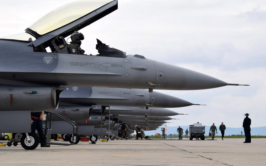 Air Force airmen assigned to the 301st Fighter Wing, Naval Air Station Joint Reserve Base Fort Worth, Texas, prepare to launch F-16C Fighting Falcons at Campia Turzii, Romania, May 8, 2019.