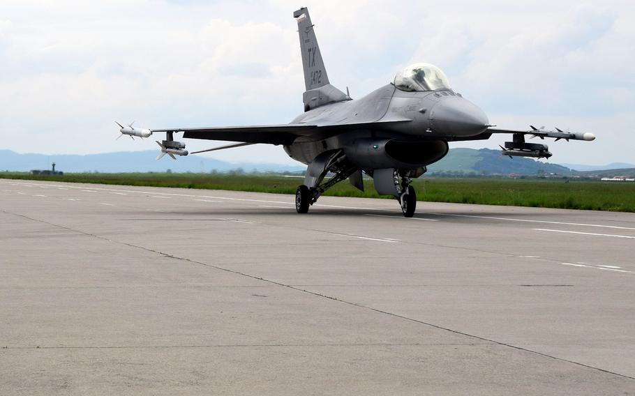 An F-16C Fighting Falcon prepares to launch at Campia Turzii, Romania, May 8, 2019.