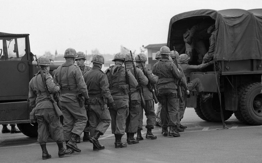 The advance party for training exercise Reforger I arrives at Rhein-Main Air Base in Germany, Jan. 6, 1969.
