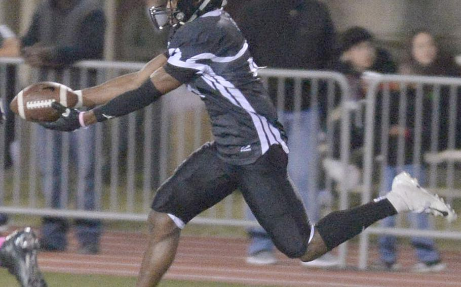 Zama's Chandler Platt had 163 all-purpose yards, including two 15-yard touchdown catches.