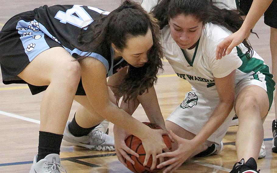 Osan's Thalia Cowden and Jaela Sahegan of last year's runner-up Daegu hope to bring a Division II girls basketball tournament title banner to Korea since the Warriors won it in 2014.