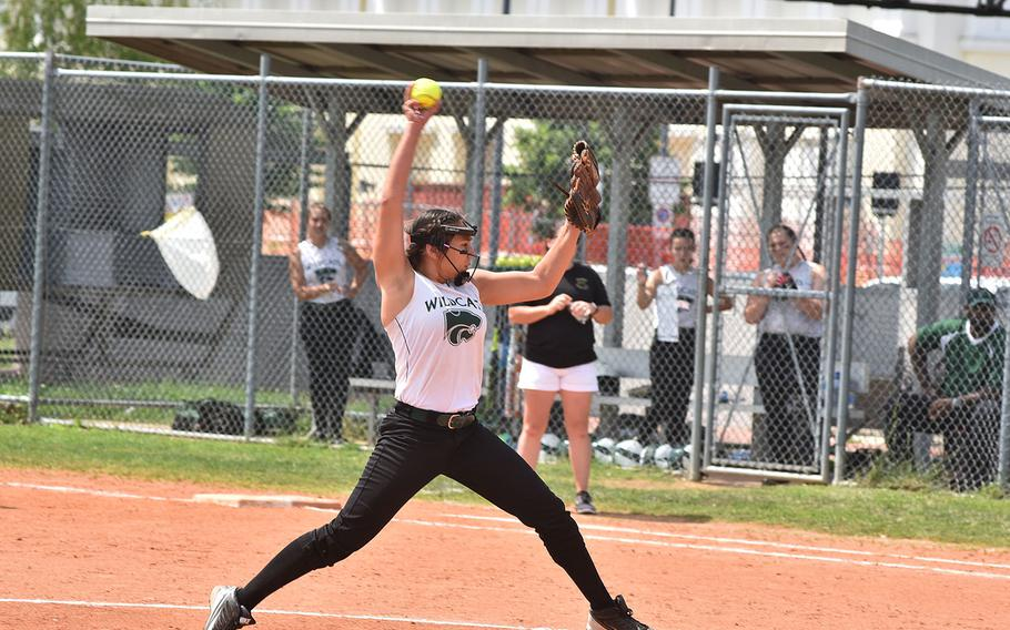 Naples pitcher Chloe Miller starts to hurl a pitch toward the plate against Vicenza on Friday, May 11, 2018.