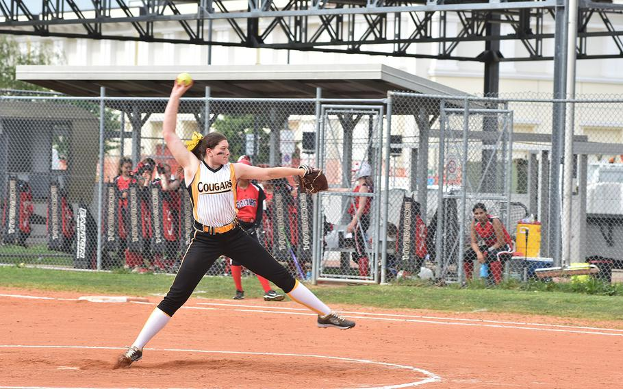 Vicenza's top pitcher, Shenoa Gragg, delivers a pitch against Kaiserslautern on Friday, May 11, 2018.