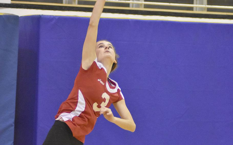 Kaiserslautern looked like a contender Friday night while Angelina Popovic was behind the service line. Unfortunately for the Raiders, that didn't happen enough in a 25-27, 25-16, 25-20, 25-13 loss to Naples.
