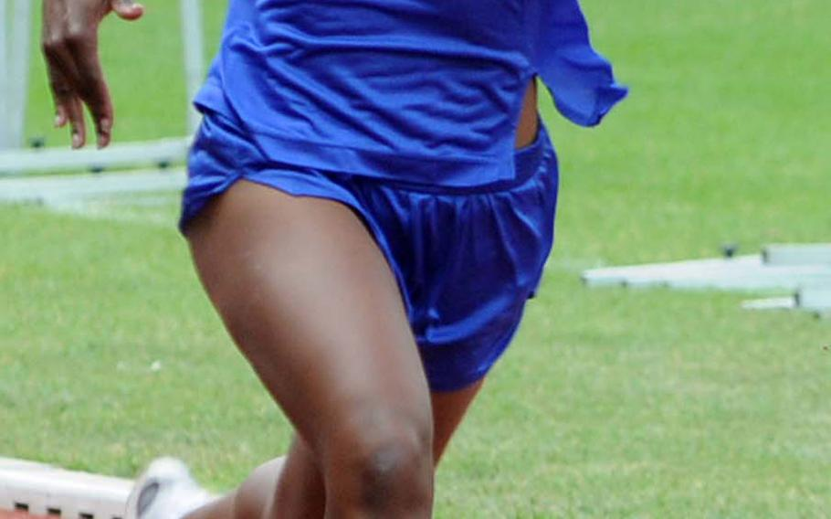 Tiffany Heard of Ansbach, competing in the 200 meters at the European track and field championships 2008, is the girls defending 100 intermediate hurdles champion. She hopes to retain that title and also win the 300 hurdles.