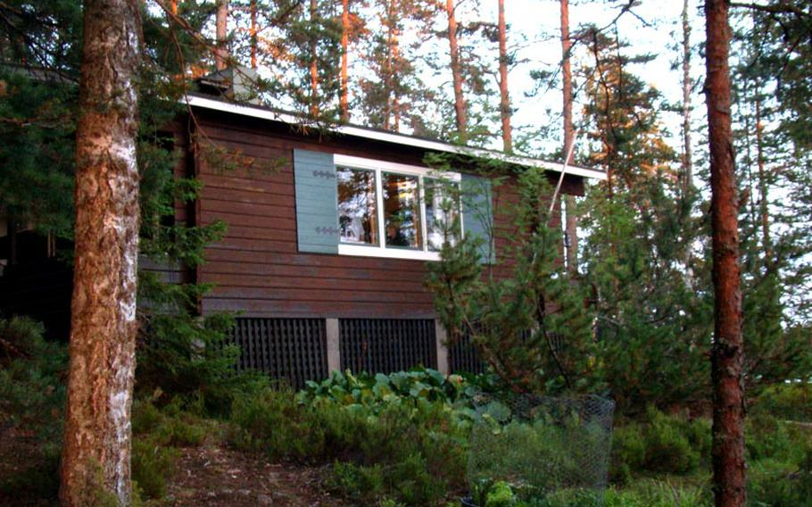 Rustic cabins seemingly in the middle of nowhere are available for short- or long-term rental in Finland's lake country. Our cabin had no running water and no indoor toilet, which meant daily trips to a well to fetch water for drinking and using an outhouse.