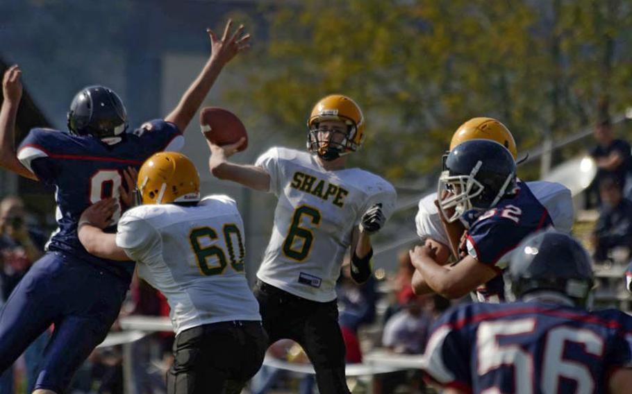 SHAPE quarterback Ryan Howard throws a pass during Saturday's loss to Bitburg.