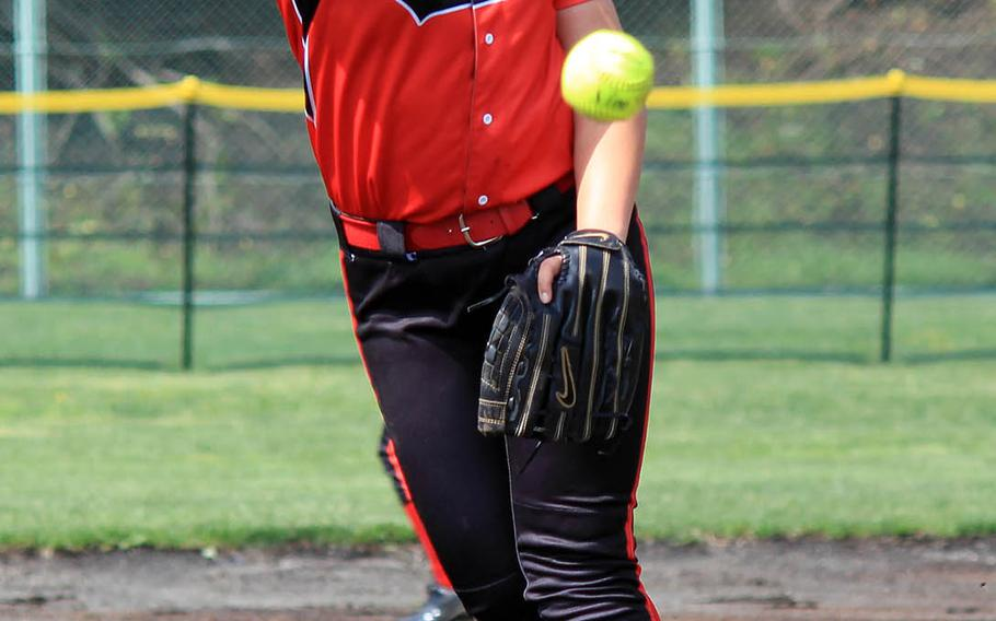 Senior right-hander Tori Osterbrink pitched Nile C. Kinnick to victory Wednesday over defending Far East Division I softball champion Kubasaki.