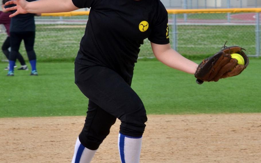 Kadena Panthers senior third baseman Jazmine Braswell.