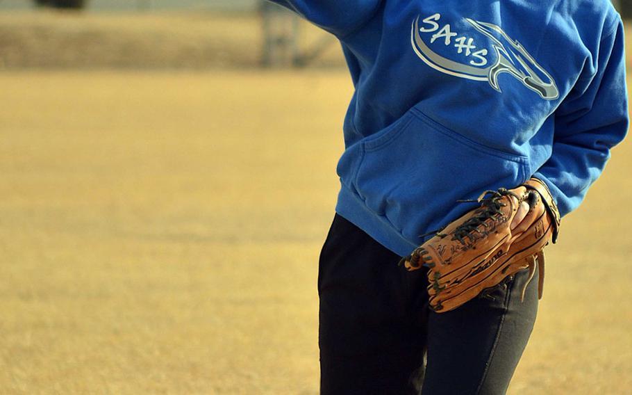 Seoul American senior second baseman JiHye Rhodes.