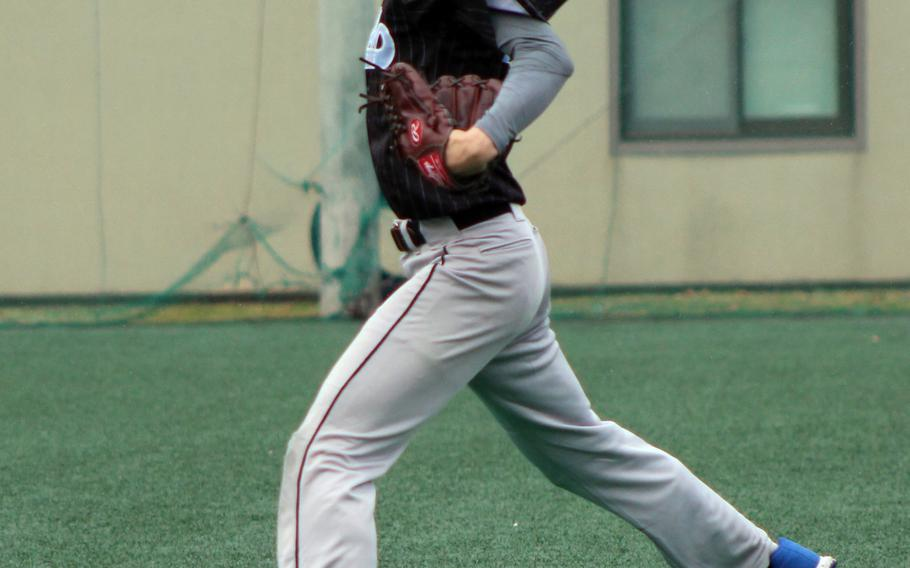 Osan right-hander Ryan Yi delivers against Daegu during Saturday's baseball game, won by the Warriors 6-2.