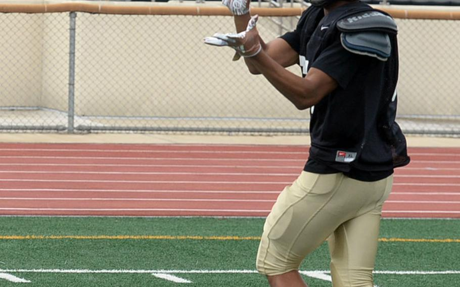 """Jaylan Horne is one of several returning skills-positions players possessing speed, one player coach Steven Elliott says he expecting """"big things"""" from this season."""