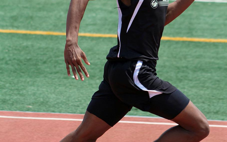 Humphreys' Tevijon Williams heads down the stretch during Saturday's Korea district track and field finals. The freshman finished first in the 100, 200 and 400 and is currently second in the Pacific in the 100.