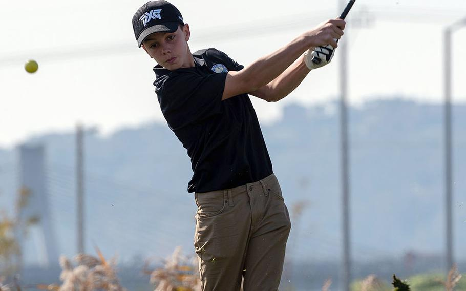Humphreys Gold's Owen White hits an approach shot en route to his match-play victory over Humphreys Black's Vincent Castellano.
