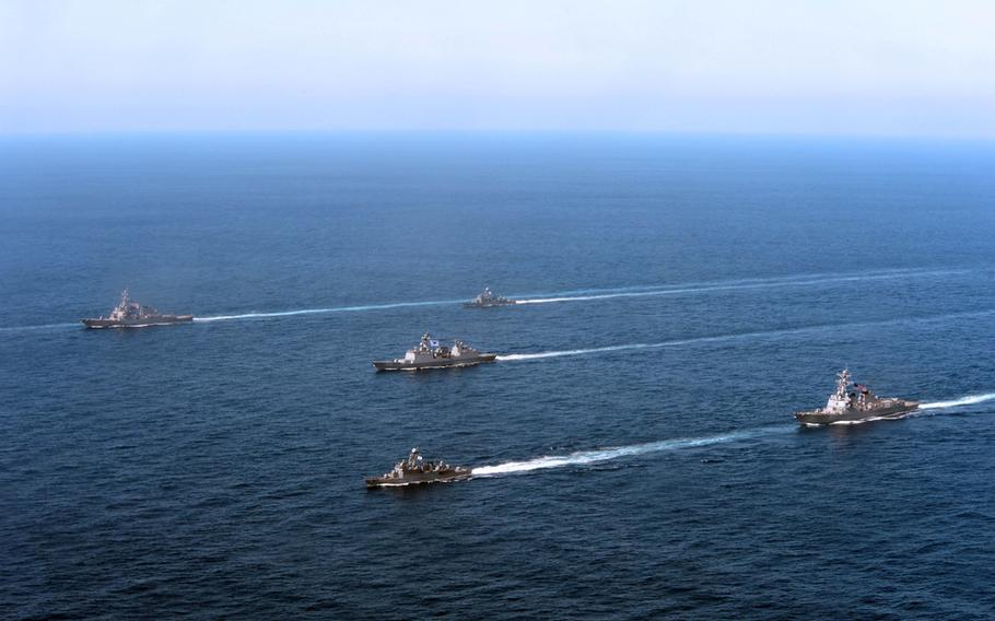 U.S. ships deployed from Yokosuka Naval Base, Japan, in formation with ships from the South Korean navy during Foal Eagle 2013, March 21, 2013.