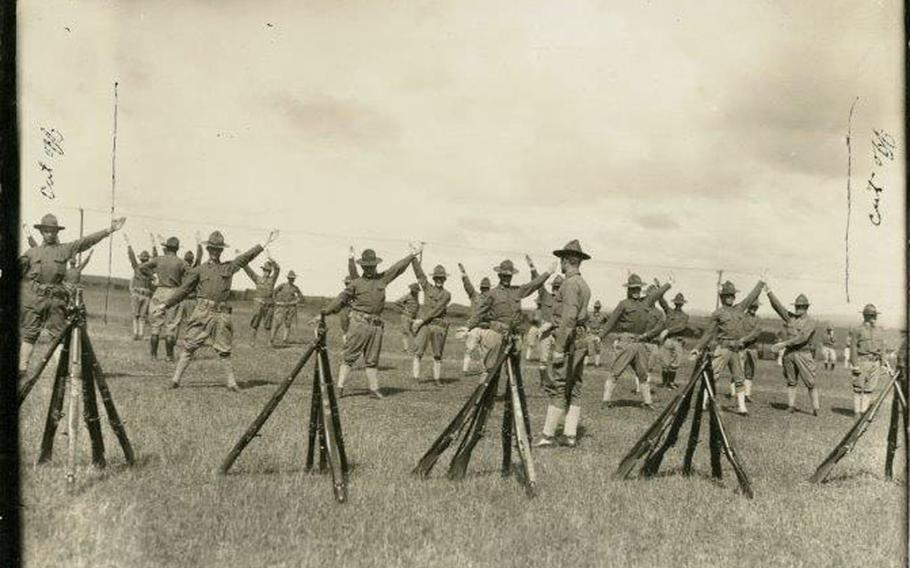 An undated photo from World War I shows signaling instruction being conducted at Officer Training Camp, Schofield Barracks, Oahu, Hawaii.
