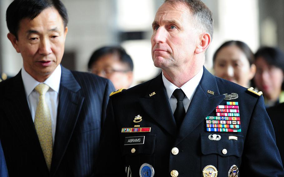 U.S. Forces Korea commander Gen. Robert Abrams visits the War Memorial of Korea, Nov. 9, 2018.