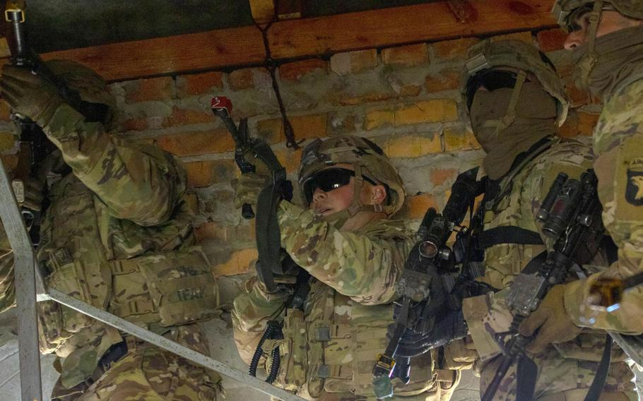 Soldiers from the 101st Airborne Division clear a building during a room-clearing demonstration as part of Rapid Trident,  near Yavoriv, Ukraine, Sept. 20, 2019.