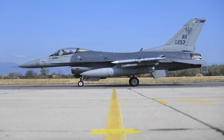 A U.S. Air Force F-16 Fighting Falcon assigned to the 555th Fighter Squadron, Aviano Air Base, Italy, taxis on the runway during exercise Thracian Viper 20 at Graf Ignatievo Air Base, Bulgaria, Sept. 21, 2020.