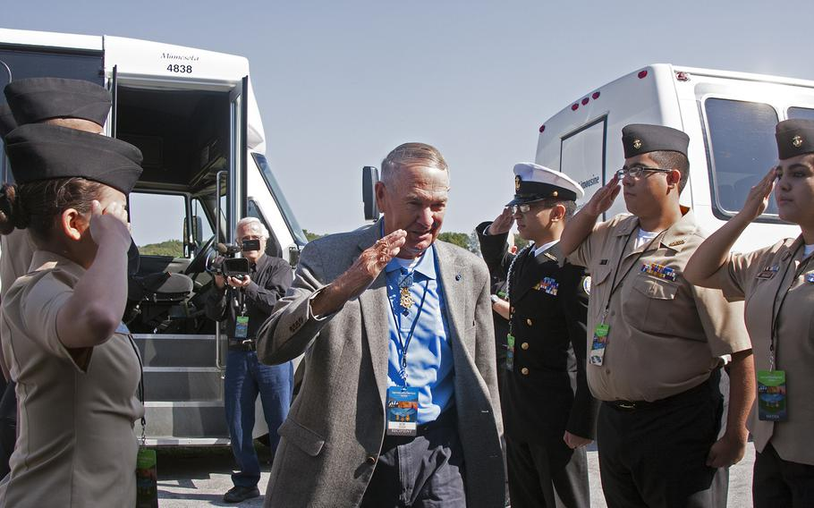 A Medal of Honor recipient arrives for lunch for the annual Medal of Honor convention on Sept. 19, 2013.