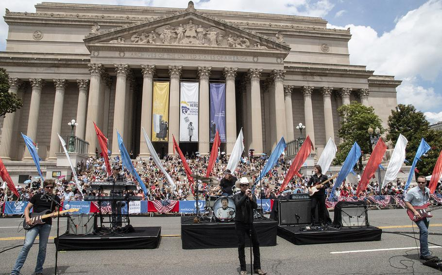 Singer Justin Moore performs in front of the National Archives before the National Memorial Day Parade in Washington, D.C., May 27, 2019.