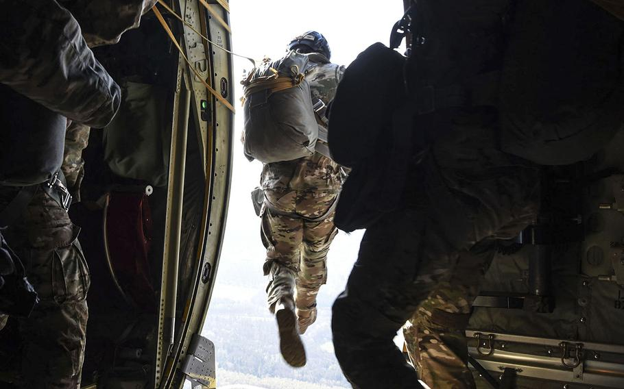 Paratroopers are among the service members typically receiving special monthly pay who will continue collecting those paymentseven if they cannot complete requirements due to the coronavirus pandemic.