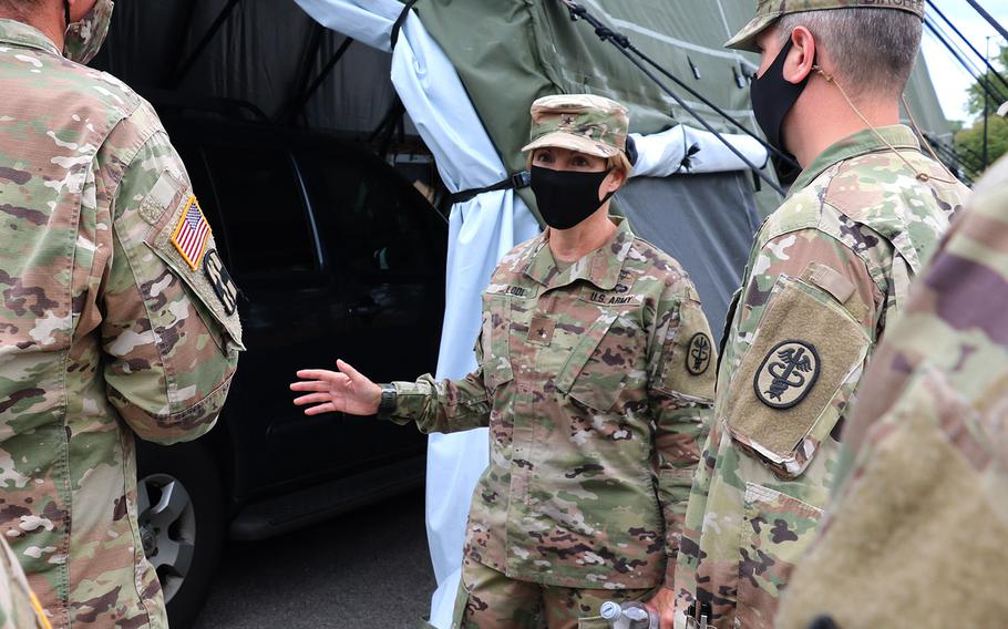 RHC-A Commander Brig. Gen. Paula Lodi received a first-hand look at a coronavirus drive-thru testing center during her July 28, 2020 visit to Fort Campbell. Brig. Gen. Lodi met with leaders from the hospital.