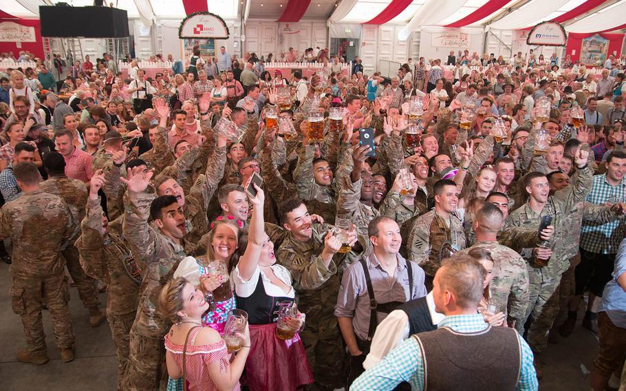 U.S. soldiers enjoy a toast at the Mainzer Oktoberfest in 2016. Courtesy of Mainzer Oktoberfest