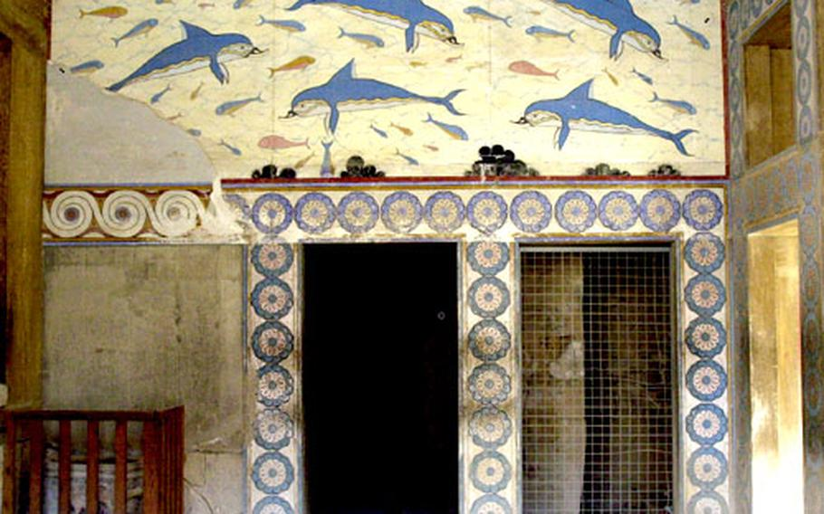 A copy of the Dolphin Fresco, one of the most exquisite Minoan artworks, decorates the wall of the queen's megaron at Knossos.