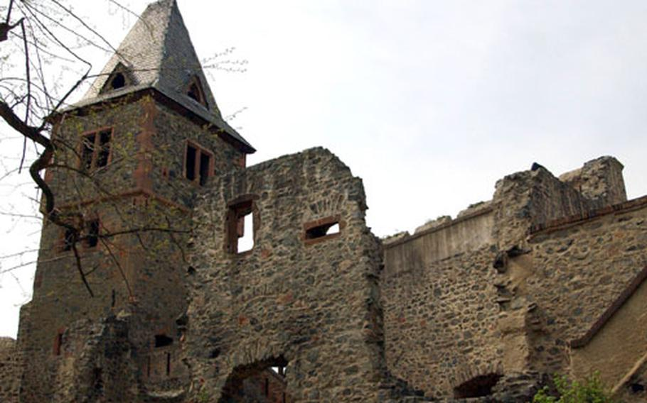 The tower of Burg Frankenstein.