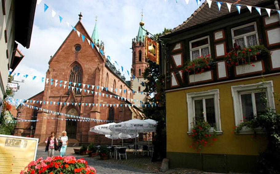 This is Ladenburg: cobbled streets, old buildings and cafes. The restaurant at right pays homage to the onion.