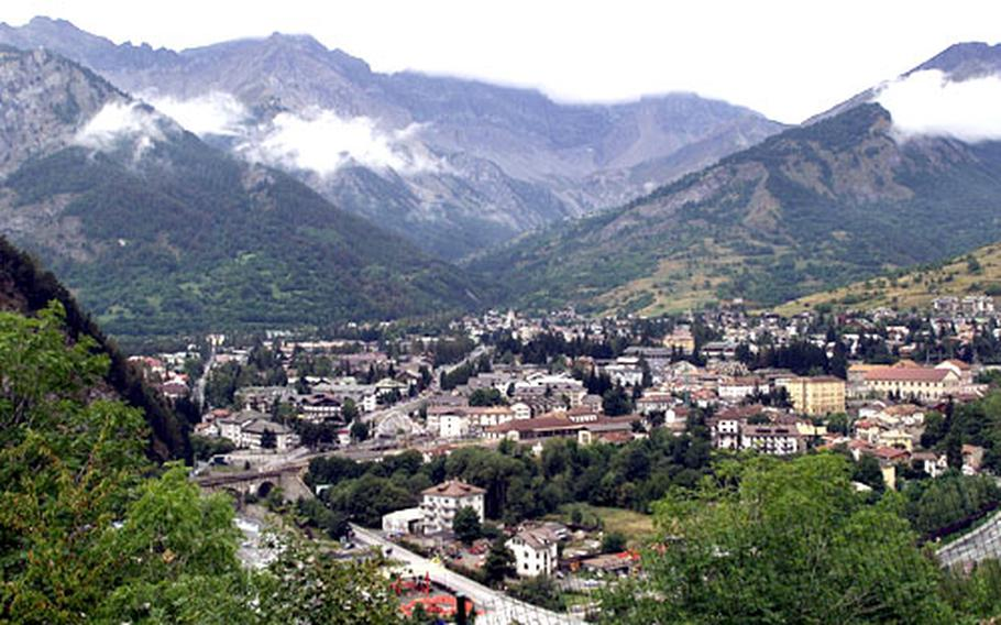 The village of Bardonecchia will be hosting snowboarding events for the 2006 Winter Games.
