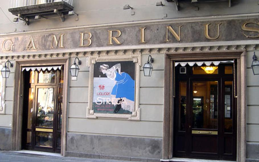 Gran Caffé Gambrinus shines as a beacon of upper-scale decadence in Naples' central area. Even though the place hasn't been remodeled since the 1890s, Gambrinus carries a look of elegance.