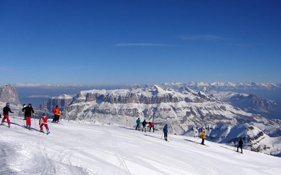 The small villages of Obergurgl and Hochgurgl comprise the highest alpine resort in Austria. A unique terrain feature results in good snow every year.