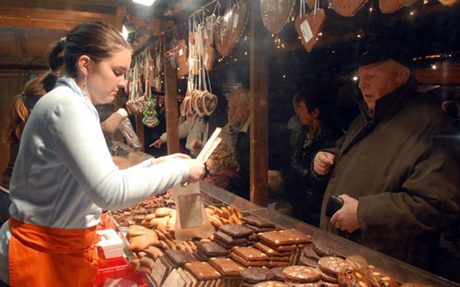 Buying gingerbread at one stands at the 2006 Bad Hersfeld Christmas market.