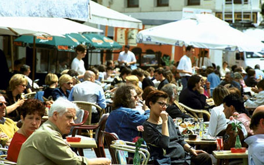 Regensburg has plenty of attractive open-air cafes and traditional taverns offering local specialties. One of the most popular spots in the old city is Haidplatz.
