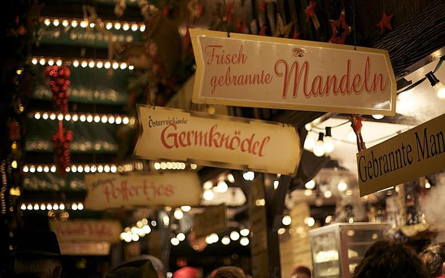 Food stalls at Bonn's Christmas market offer a range of traditional, seasonal and regional specialties.