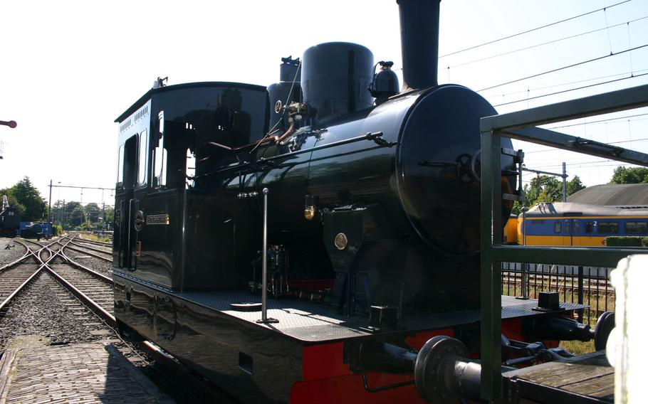 Steam locomotive 26, built in the 1920s, pulls the steam train and is a registered Rail Monument in the Netherlands.