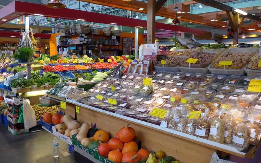 Fruit, vegetables, meat, spices, nuts, dried fruits and much more are sold at the Kleinmarkthalle in Frankfurt, Germany.