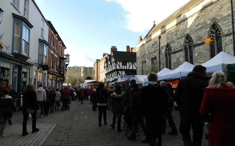 The Lincoln, England, Christmas market takes place within the cozy and picturesque streets of Lincoln's old town.